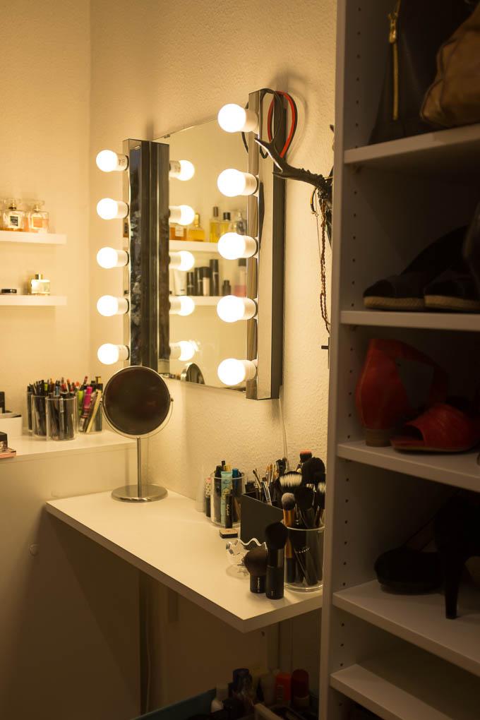Mit nye stående makeupbord