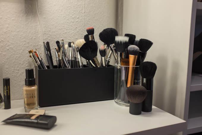 elf large brush holder